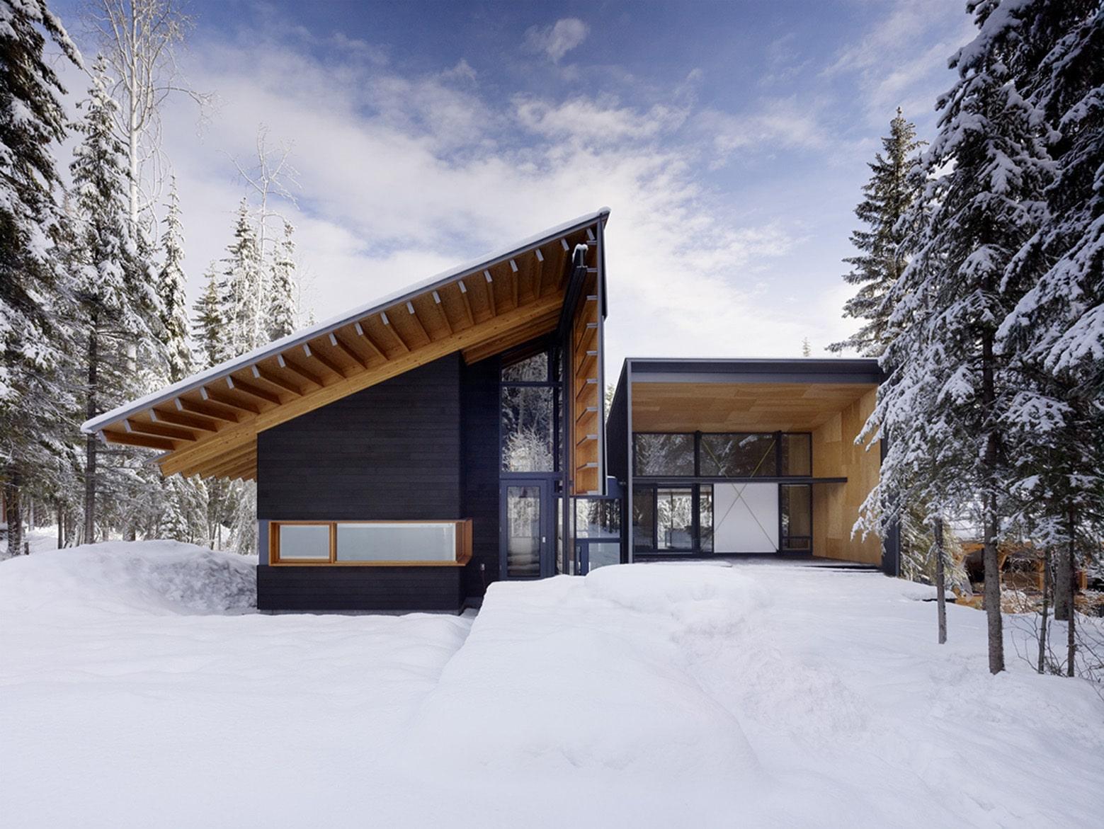 Dise o de casa dividida en dos partes planos e interiores for Casa moderna flooring