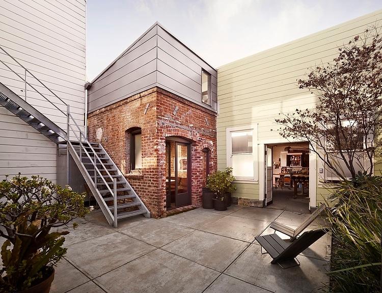 Construir habitaci n mini apartamento en patio de casa construye hogar - Commercial exterior painting style ...