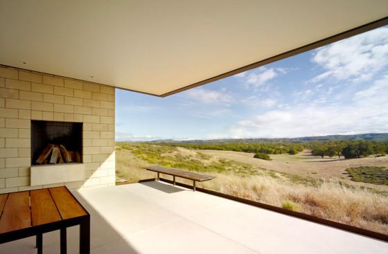 Vista de la terraza de casa de una planta
