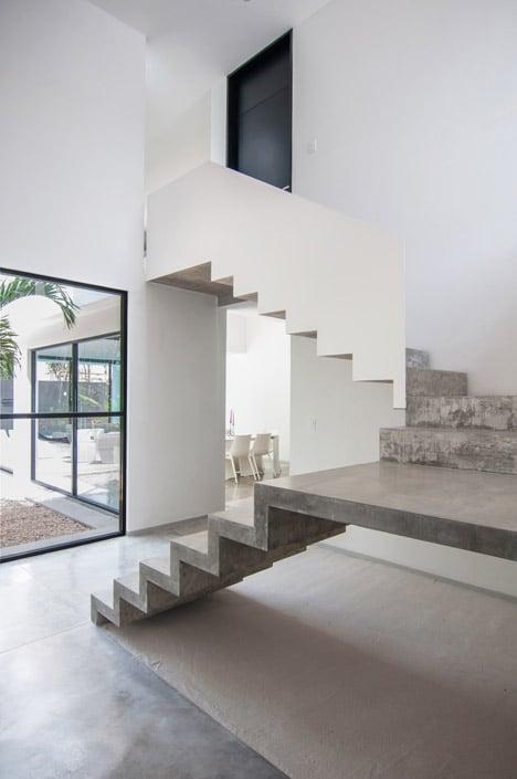 Dise o de casa minimalista de dos pisos planos y fachadas - Escalier beton double quart tournant en kit ...