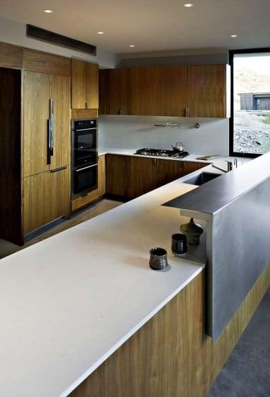 Diseño de la cocina con  muebles de madera