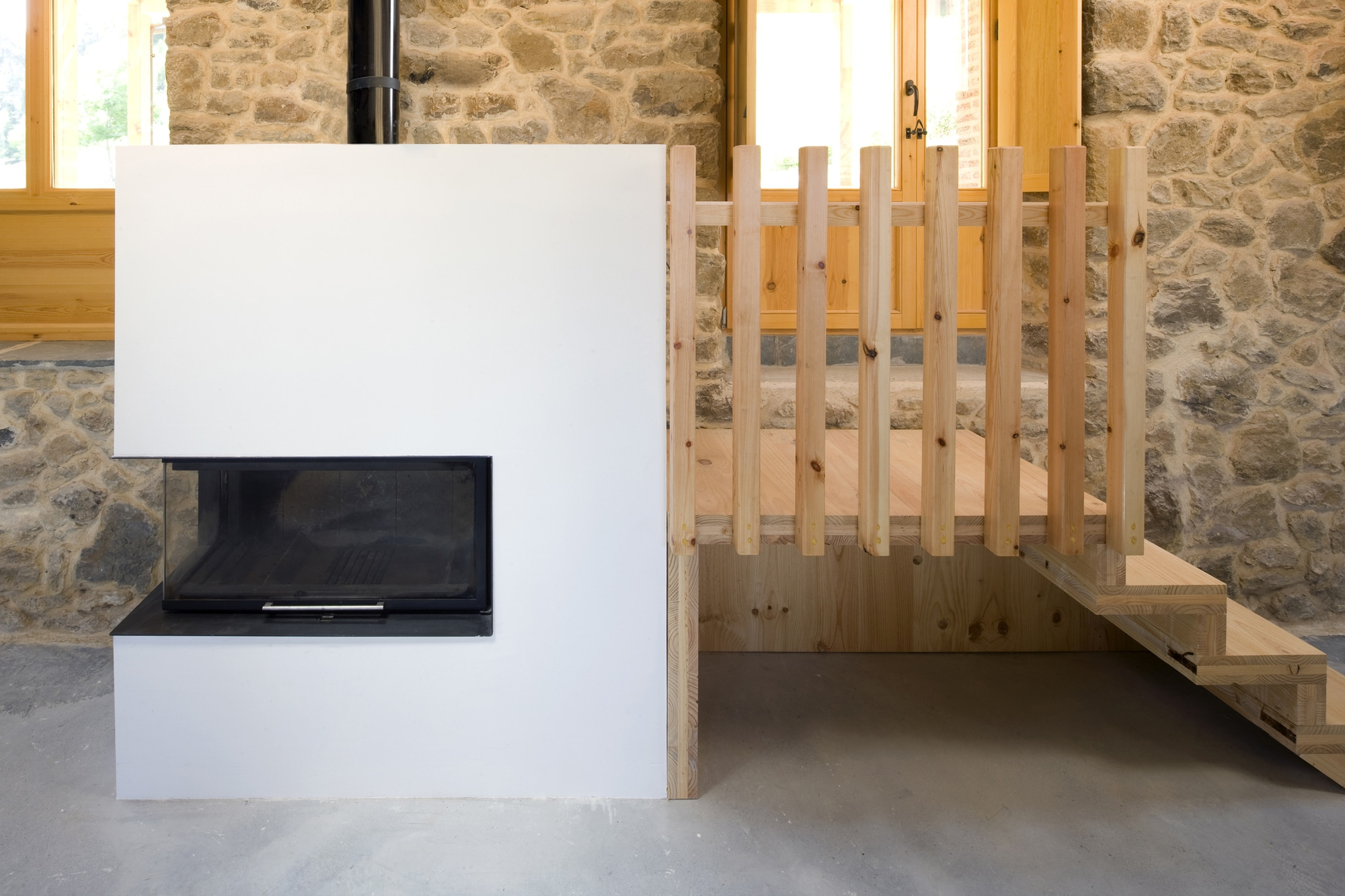 Dise o de casa r stica de piedra planos construye hogar - Casas rurales madera ...