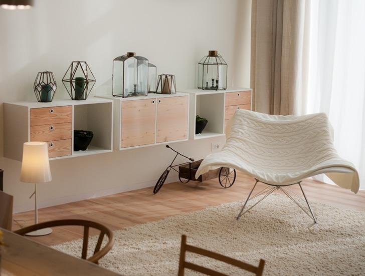 Dise o de casa ecol gica reciclada y uso paneles solares for Grado medio decoracion de interiores