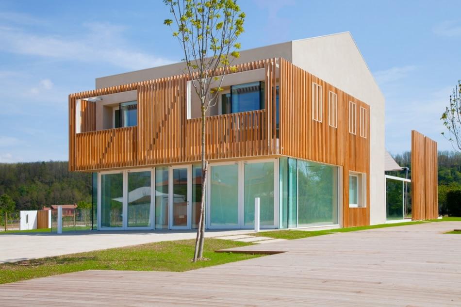 dise o de casa ecol gica reciclada y uso paneles solares