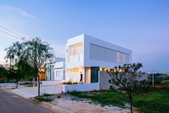 Diseño de casa sencilla de dos pisos