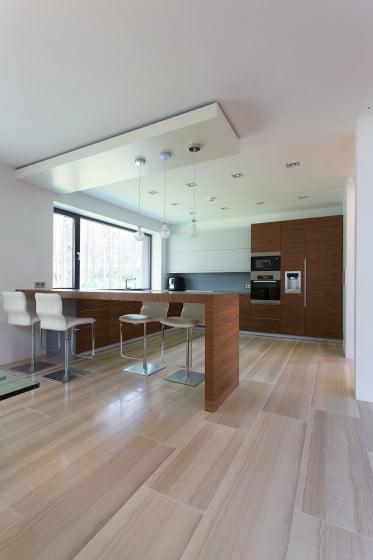 Diseño de cocina moderna con isla