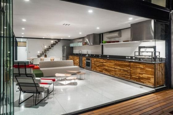 Dise o de casa larga y angosta con planos y fachada inlcuida for Cocina larga y angosta