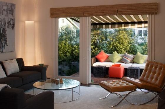Diseño de sala con vista a terraza