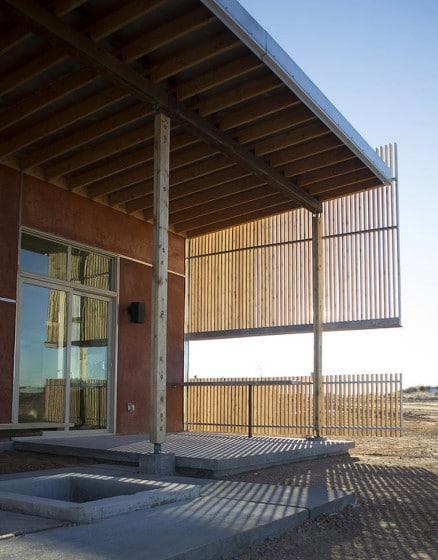 Diseño de terraza de casa en desierto