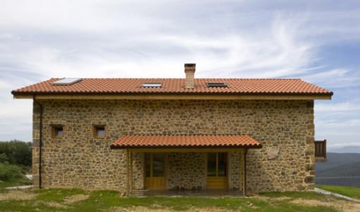Casas de piedra construye hogar for Casas rusticas de madera y piedra
