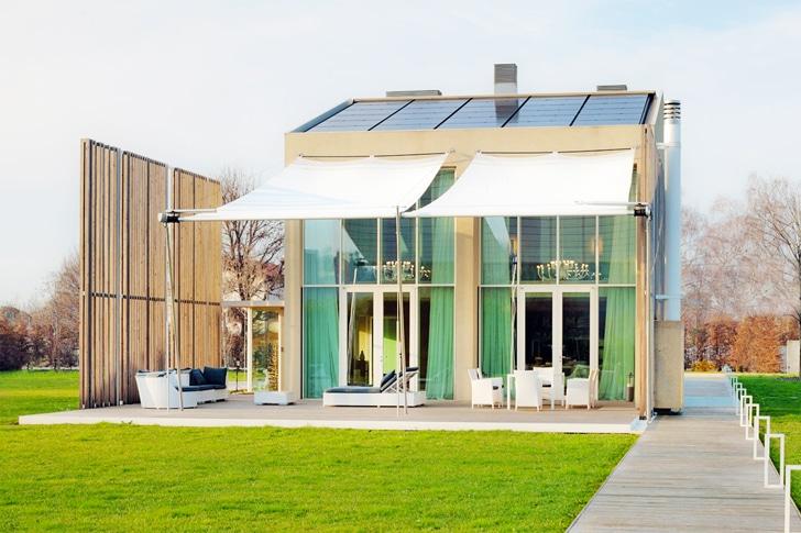 Dise o de casa ecol gica reciclada y uso paneles solares - Diseno de chimeneas para casas ...