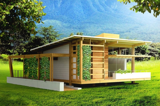 Fachada de pequeña casa de madera autosustentable