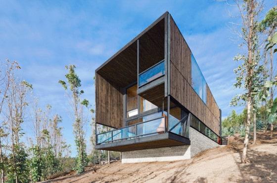 Diseño de casa de dos pisos moderna