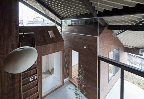 Diseño de casa moderna con techo protector