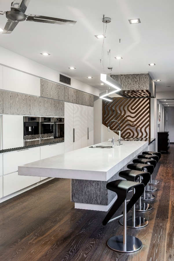 Detalles de dise o de una moderna cocina construye hogar for Salas de madera modernas