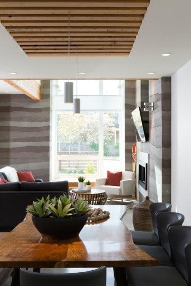 Fachada de casa moderna de dos pisos y dise o de for Juego de diseno de interiores