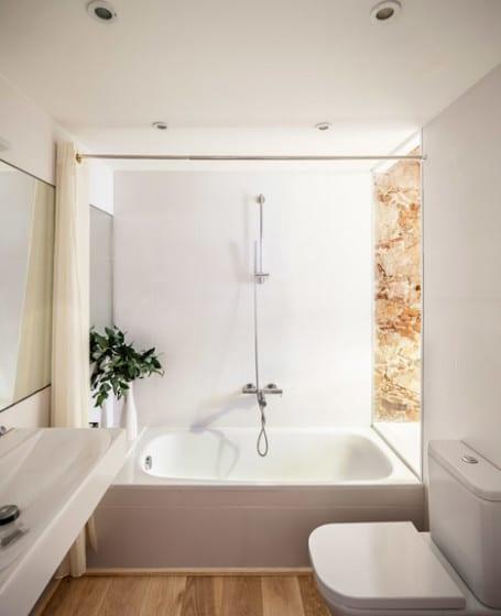 Diseño de cuarto de baño de departamento