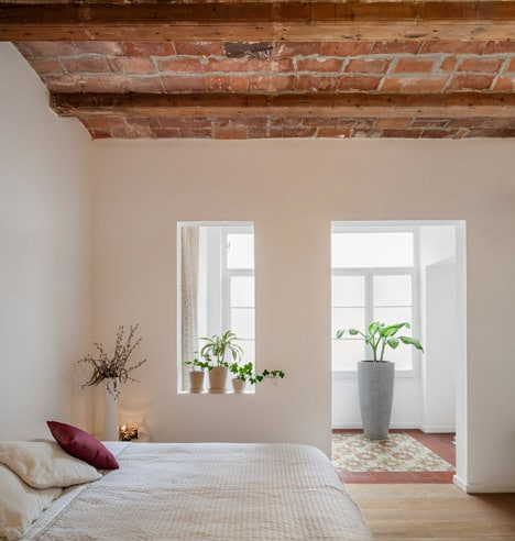 Diseño de dormitorio de apartamento rústico
