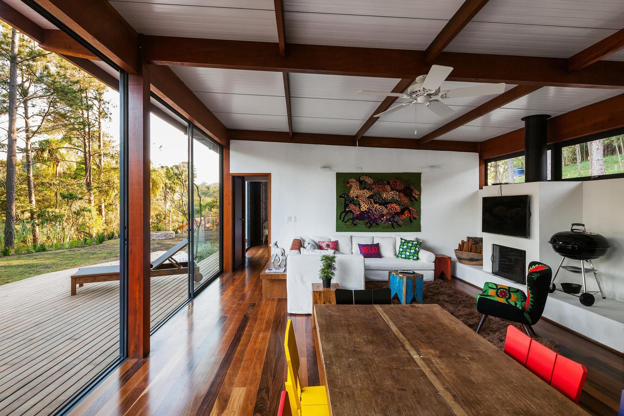 Dise o de casa peque a moderna fachadas y planos Disenos de casas contemporaneas pequenas