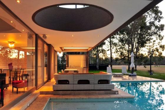 Diseño de terraza con piscina