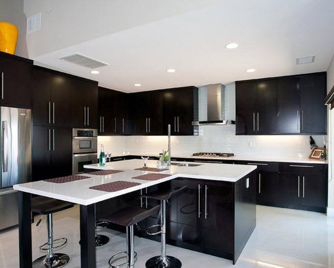 Dise os de modernas cocinas con islas for Ver cocinas modernas
