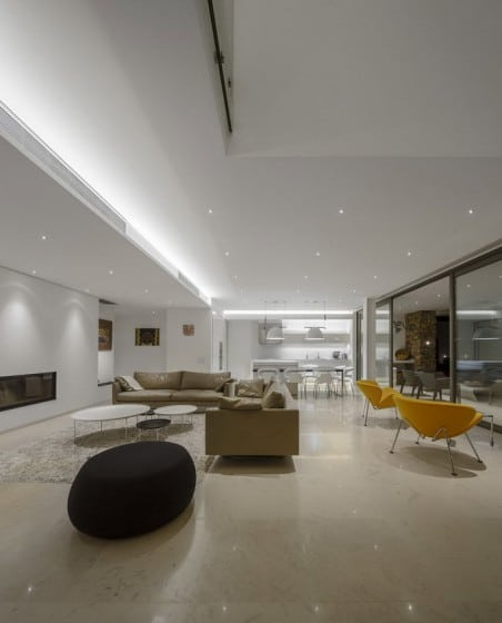 Diseño de sala moderna color blanco