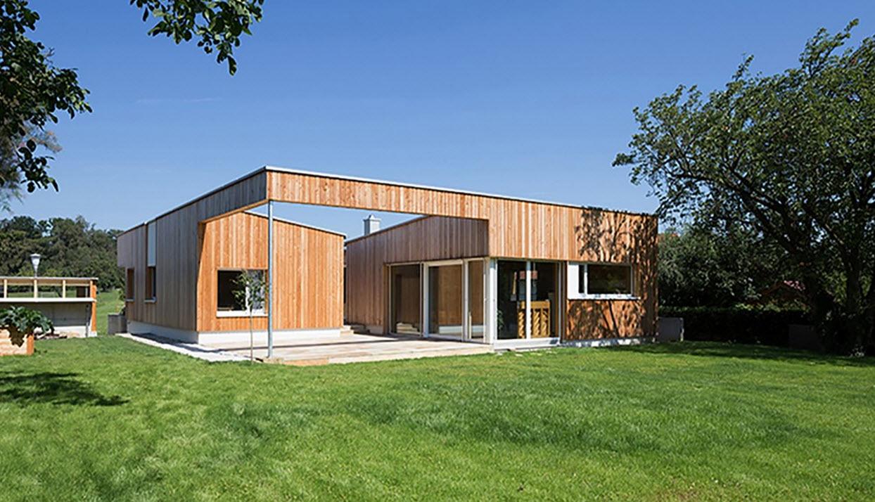 Plano de casa de una planta con fachadas construye hogar for Disenos de casas de una planta