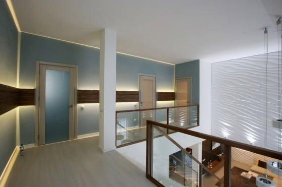 Decoración de pasadizos del segundo piso de casa moderna