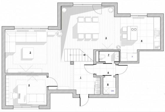 Plano de casa de dos pisos en terreno irregular