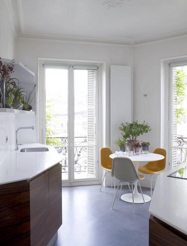 Plano de casa triangular con dise o de interiores Disenos de cocina comedor pequeno