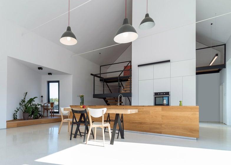 Dise o de casa de campo con piedra y madera Donde estudiar diseno de interiores en zona norte