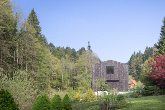 Diseño de fachada posterior de casa de campo