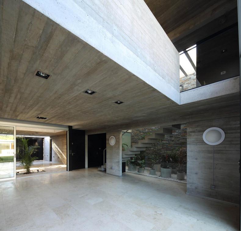 Planos de casa de dos pisos fachada segura construye hogar for Planos de escaleras de hormigon