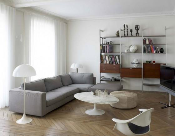 Diseño de sala de casa triangular