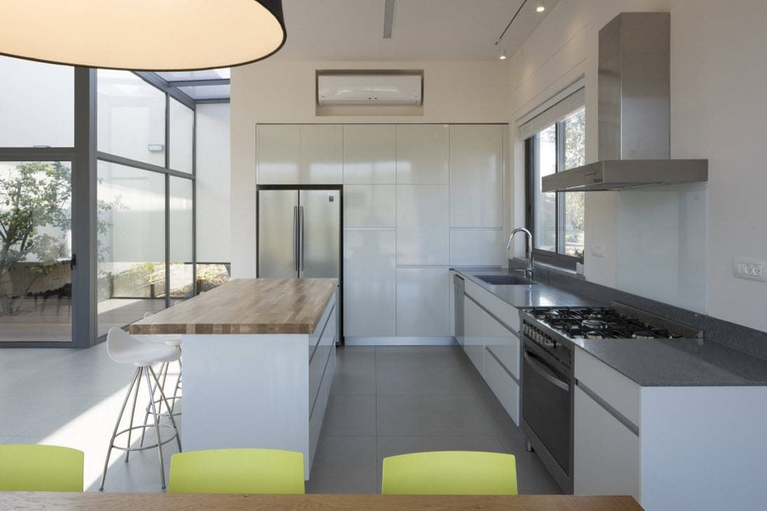 Plano de casa cuadrada de un piso for Diseno de cocina