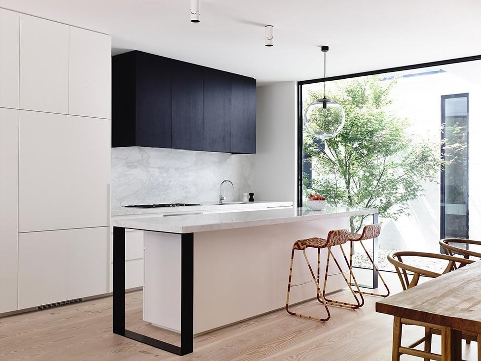 Dise o de casa de dos plantas peque a Disenos cocinas pequenas para apartamentos