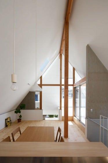 Diseño de interiores de sala comedor de casa pequeña