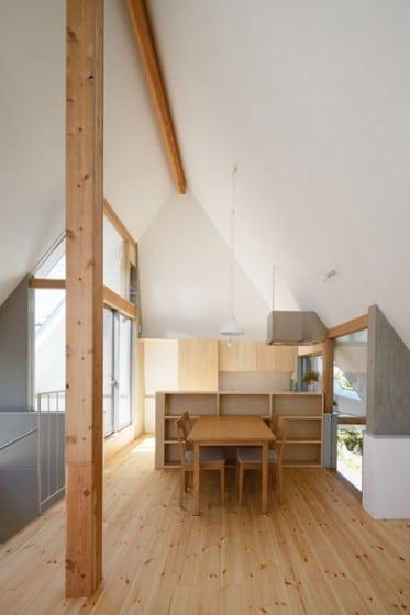 Diseño de sencilla cocina comedor de madera económica