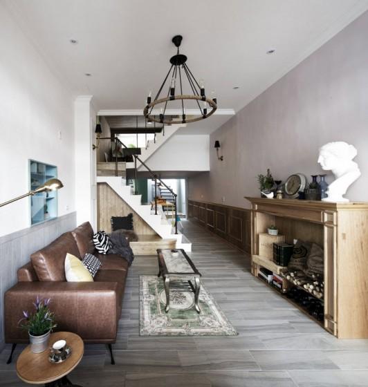 Diseño de sala de casa angosta