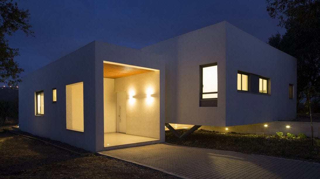 Plano de casa cuadrada de un piso for Fachadas de viviendas de una planta