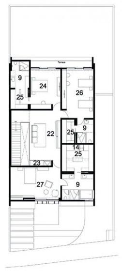 Plano del segundo nivel con tres habitaciones