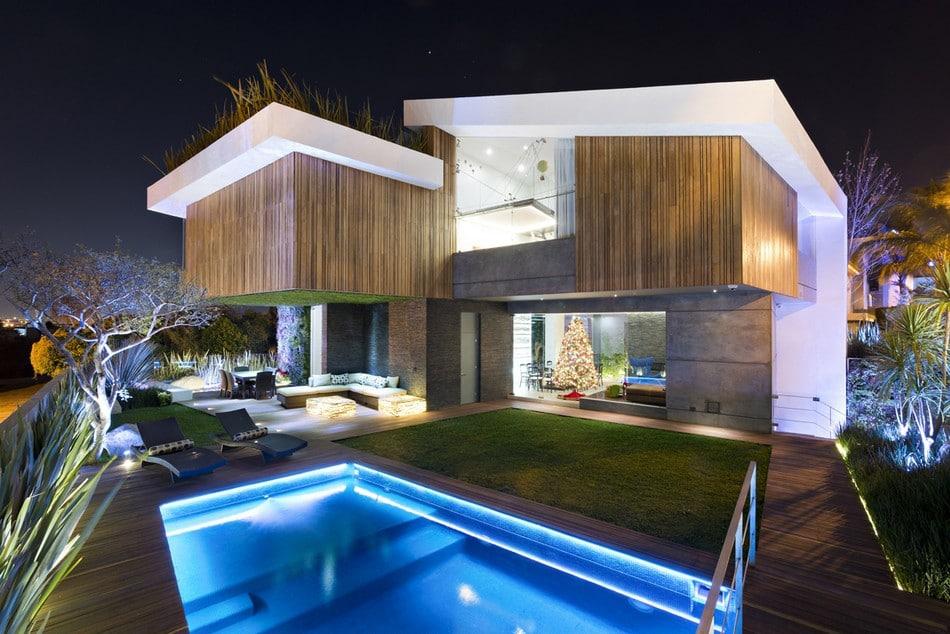 planos de casa grande con piscina