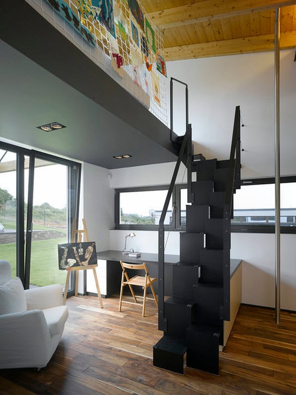 Dise o de escaleras y pasamanos construye hogar for Modelos de departamentos pequenos para construir