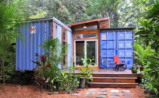 Casa reciclada hecha con container