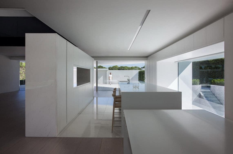 Planos de casa moderna de dos pisos ovalada construye hogar for Diseno de cocinas modernas con isla