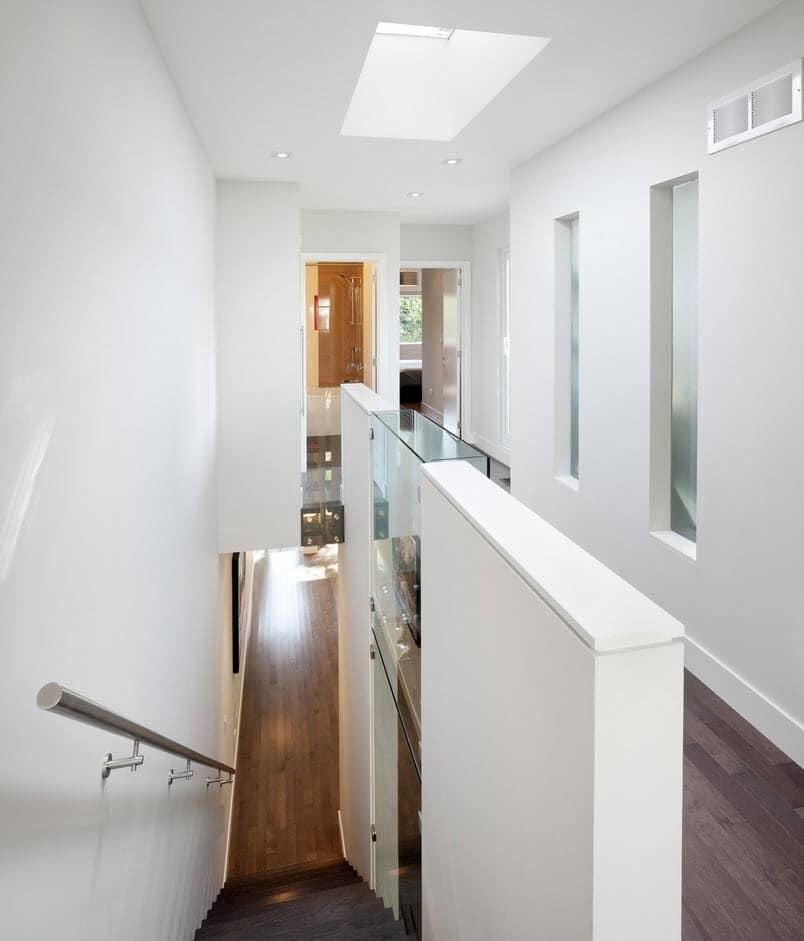Planos de casa de dos pisos con fachadas e interiores for Casa design moderno
