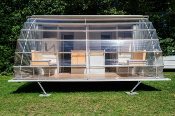 Ampliación de casa rodante con estructura plegable
