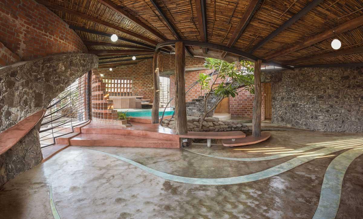 Stone Oak Elevation : Diseño de casa orgánica rústica con planos