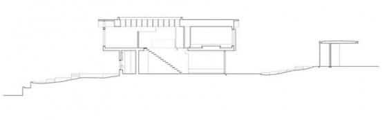 Plano de corte de casa de dos pisos pequeña