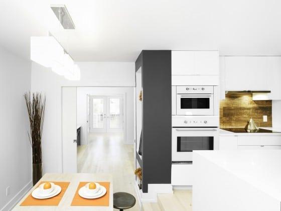 Diseño de cocina moderna blanco y negro